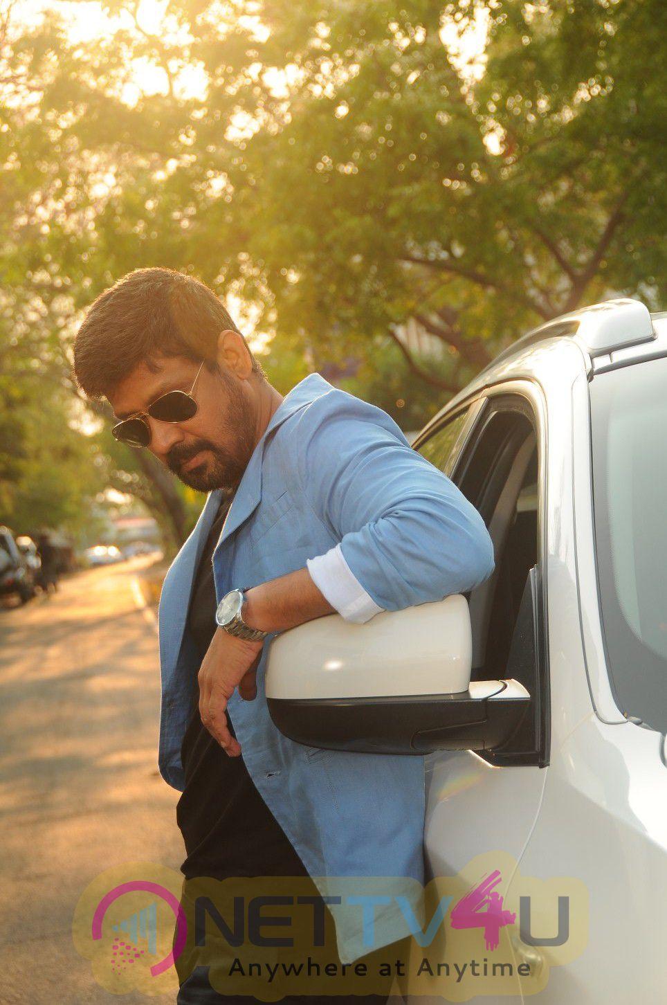 Kaathadi Tamil Movie & Working Exclusive Stills
