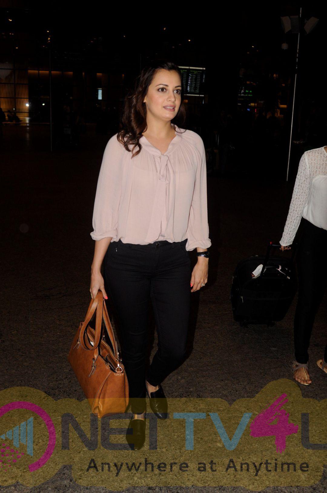 Dia Mirza & Aishwarya Rai & Lara Dutta & Sonam Kapoor Spotted At Airport Photos
