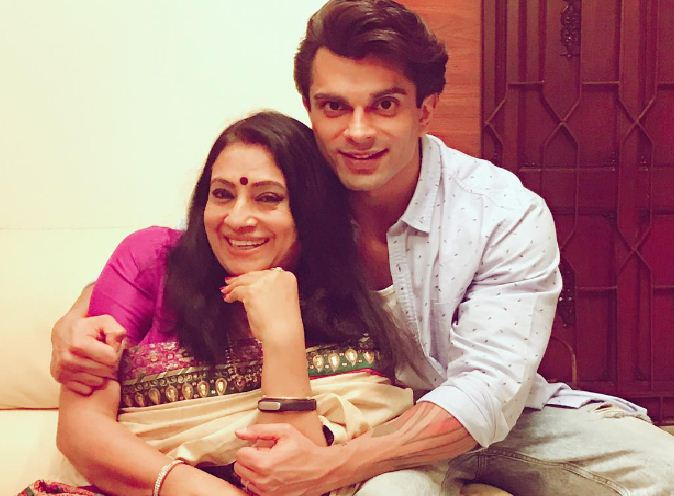 Karan Singh Grover Poses With Bipasha's Mother!..