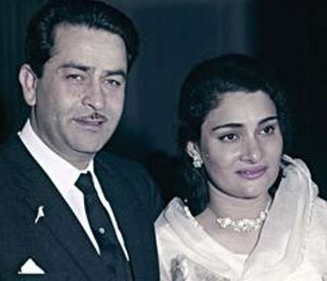 Krishna Raj Kapoor Has Breathing Issues; Hospit..