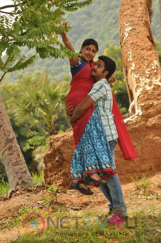 Kurumbukara Pasanga Tamil Movie Hot Stills