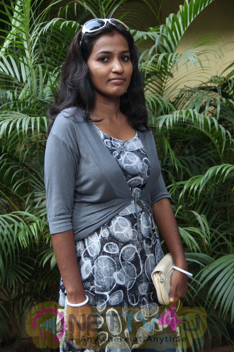 Kadal Thantha Kaaviyam Press Meet Photos