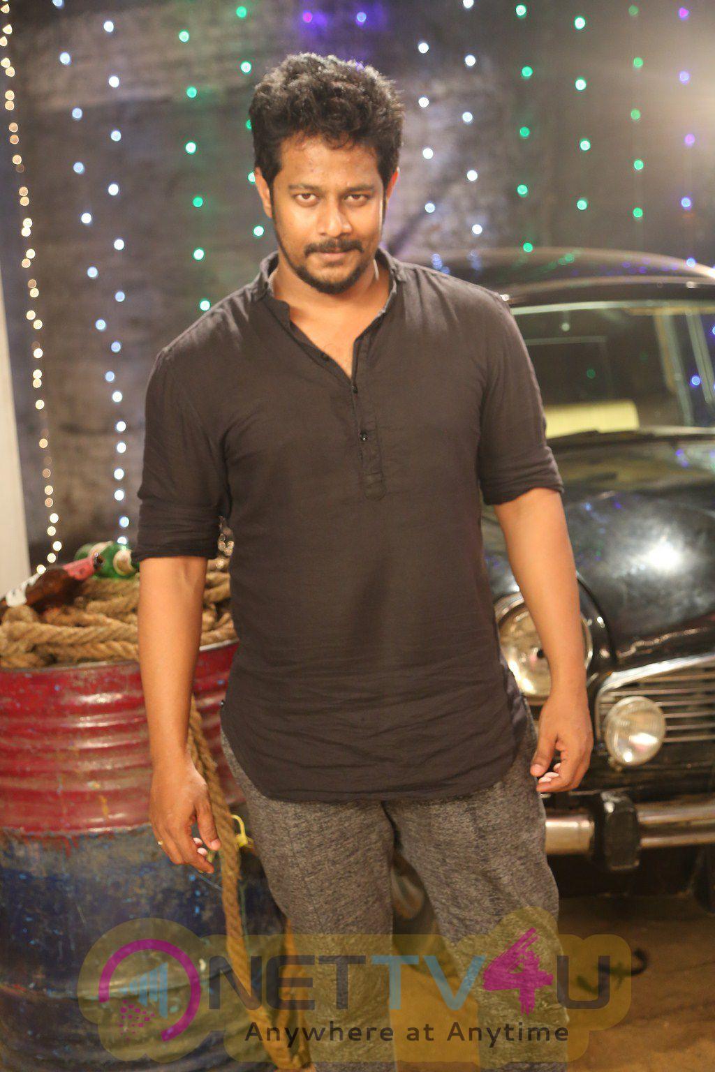 Kanna Pinna Tamil Movie Shooting Spot Stills