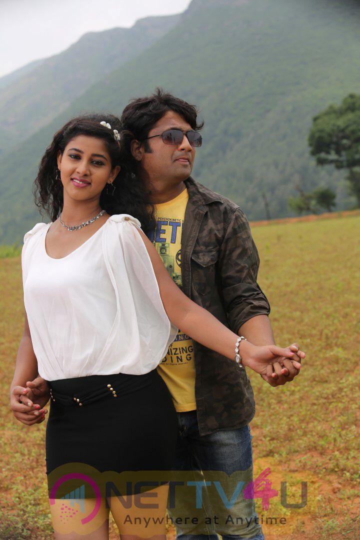Katrina Karina Madhyalo Kamal Hassan Movie Shooting Images