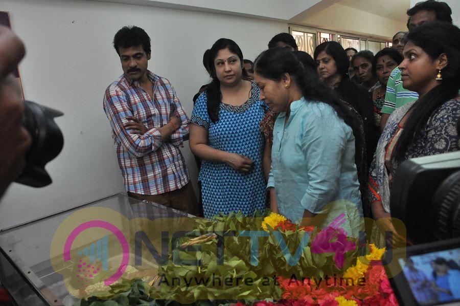 Last Respects To Veteran Actress Jyothi Lakshmi Photos Tamil Gallery