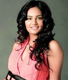 Lakshmi Priyaa First Time To Play The Female Lead In A Malayalam Film