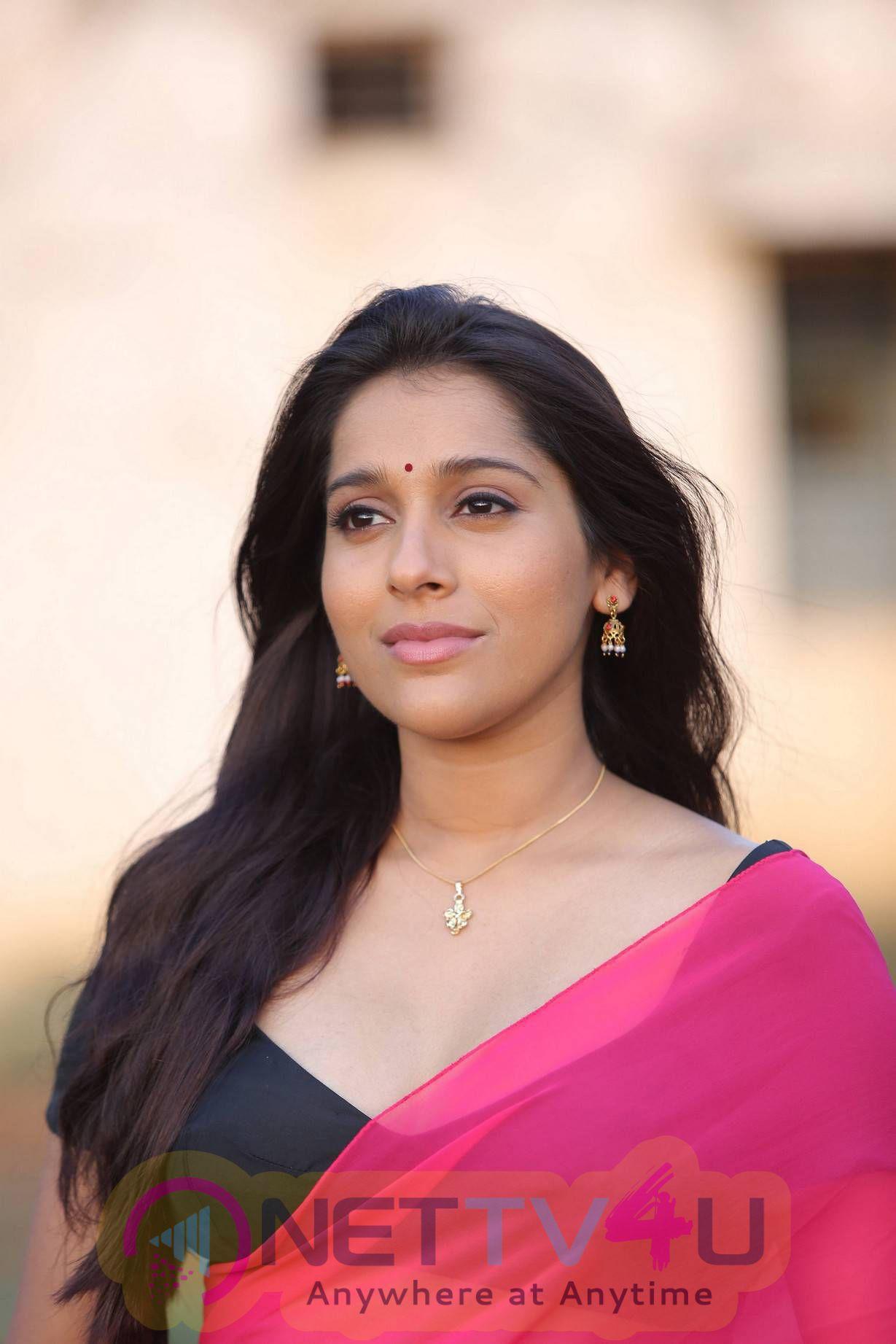 Latest Photos Of Actress Rashmi Gautam From Guntur Talkies Movie