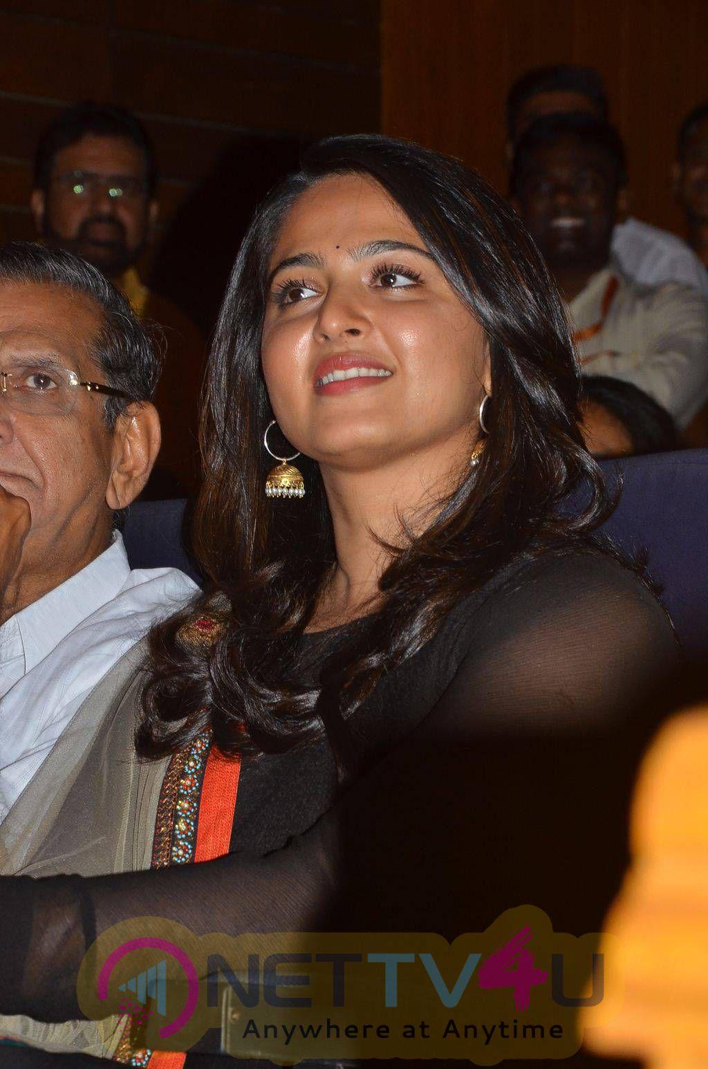 Latest Photos Of Anushka At Gollapudi Srinivas National Award 2014