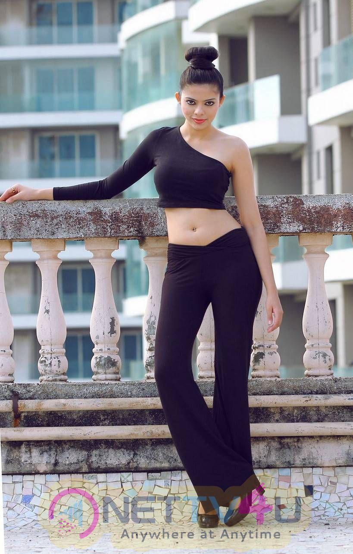 Latest Photoshoot Stills Of Actress Riddhi Jain