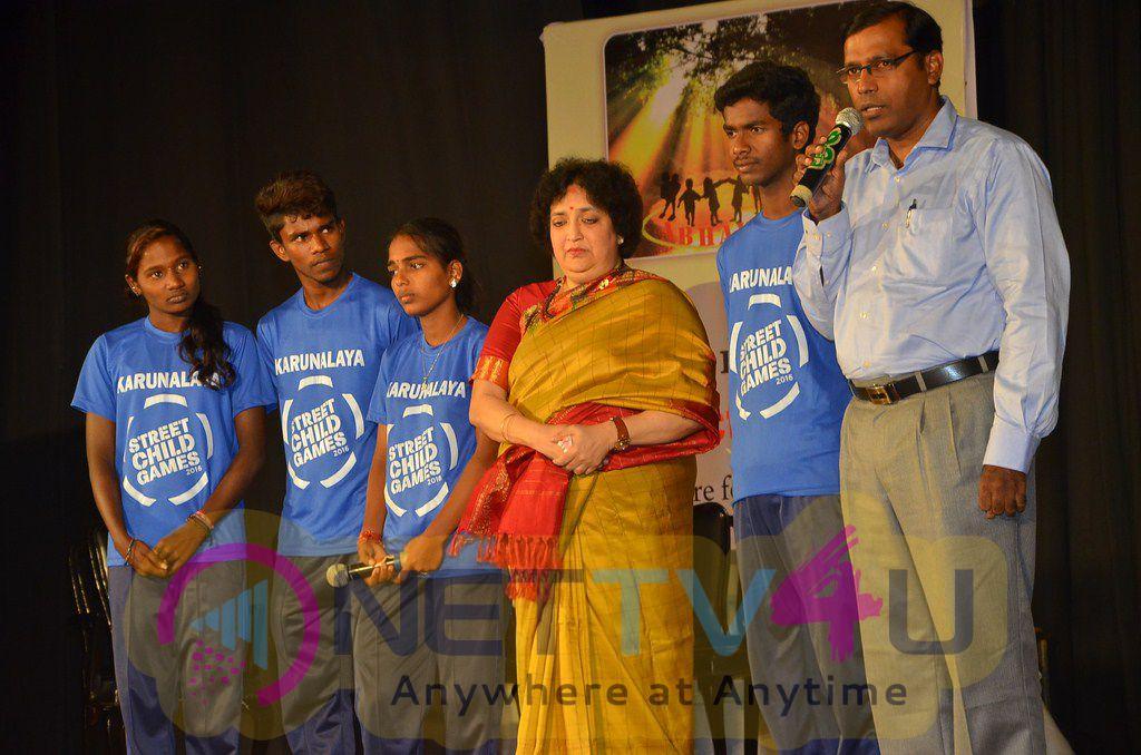 Latha Rajinikanth, Raghava Lawrence And Parthiban At Abhayam Event Photos
