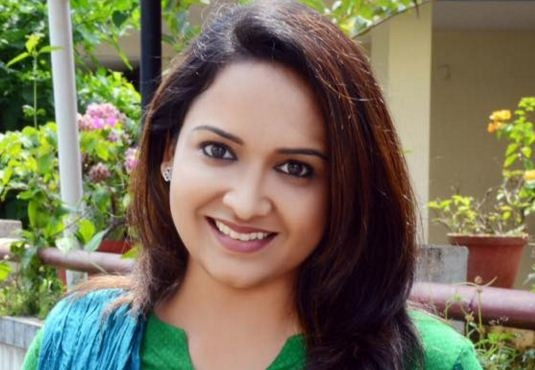 Lena Travels From Mollywood To Bollywood And Tollywood!