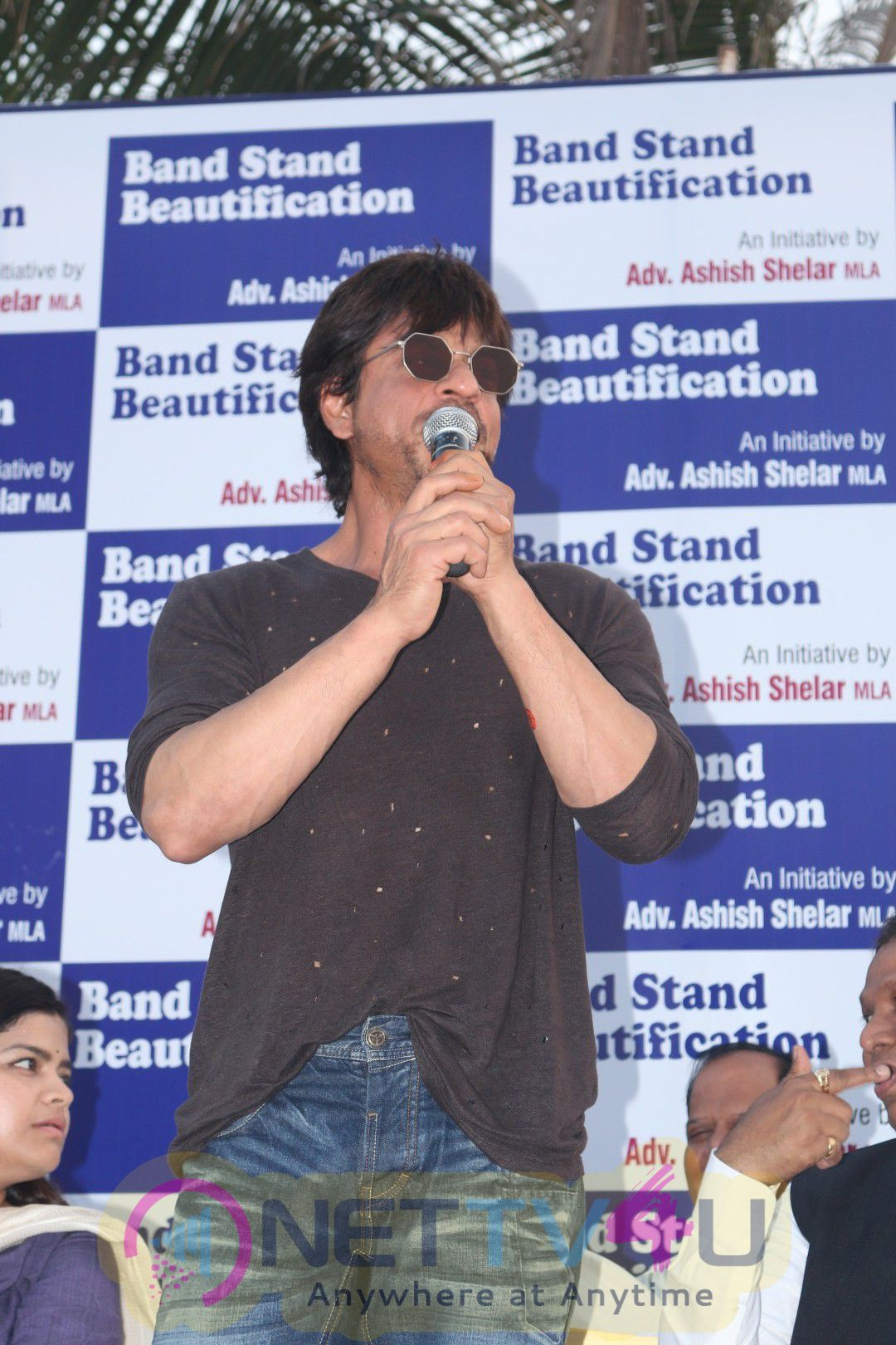 Mark The Beautification Of Band Stand Bandra By Shahrukh Khan Attractive Stills