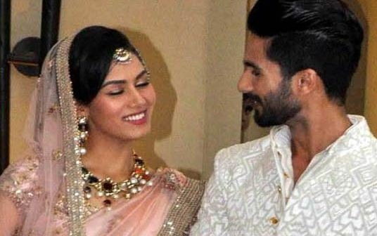 Mira Rajput Returns To Her Home With Her New Born Kid!