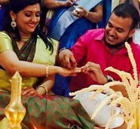 Malayalam Actress Sarayu Gets Engaged