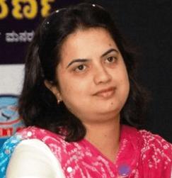 Singer - Nanditha Kannada Actress