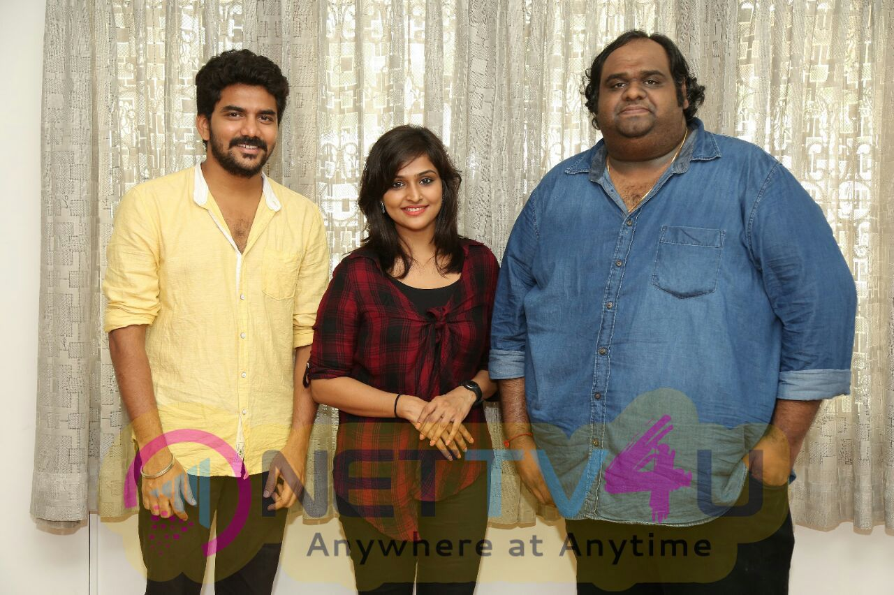Natpuna Enna Theriyuma Movie Poster Release Stills Tamil Gallery