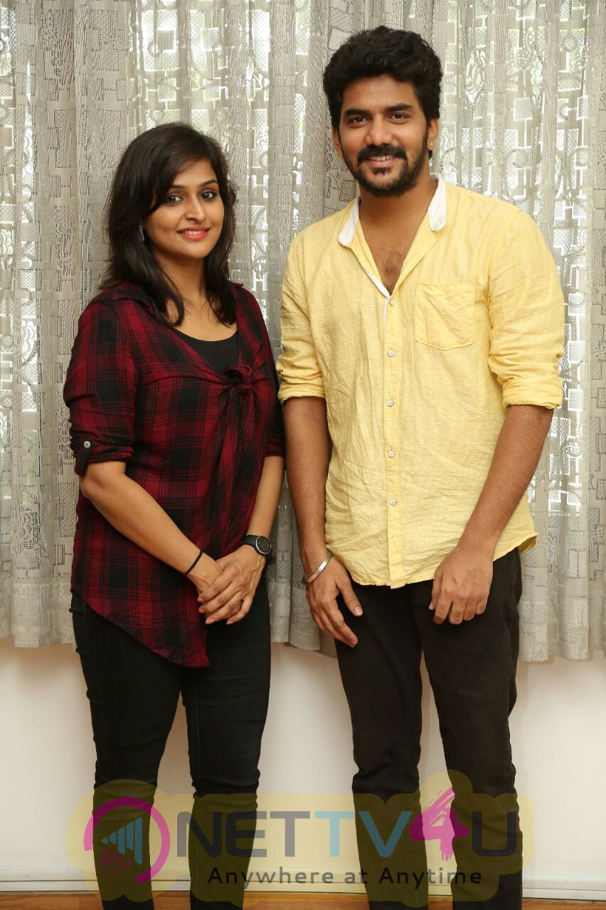 Natpuna Enna Theriyuma Movie Poster Release Stills