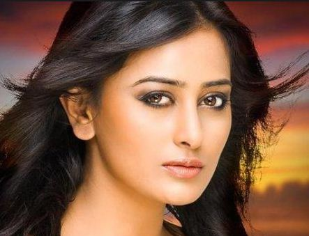 Nidhi Subbaiah In A New Film!