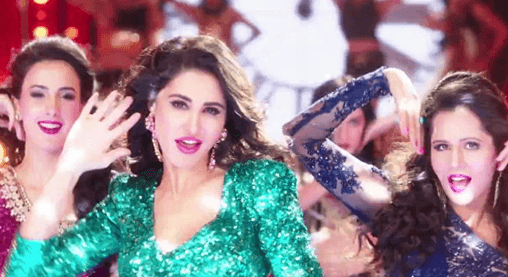 Nargis Fakhri Dazzles In 'Oye Oye ' Song In Azhar