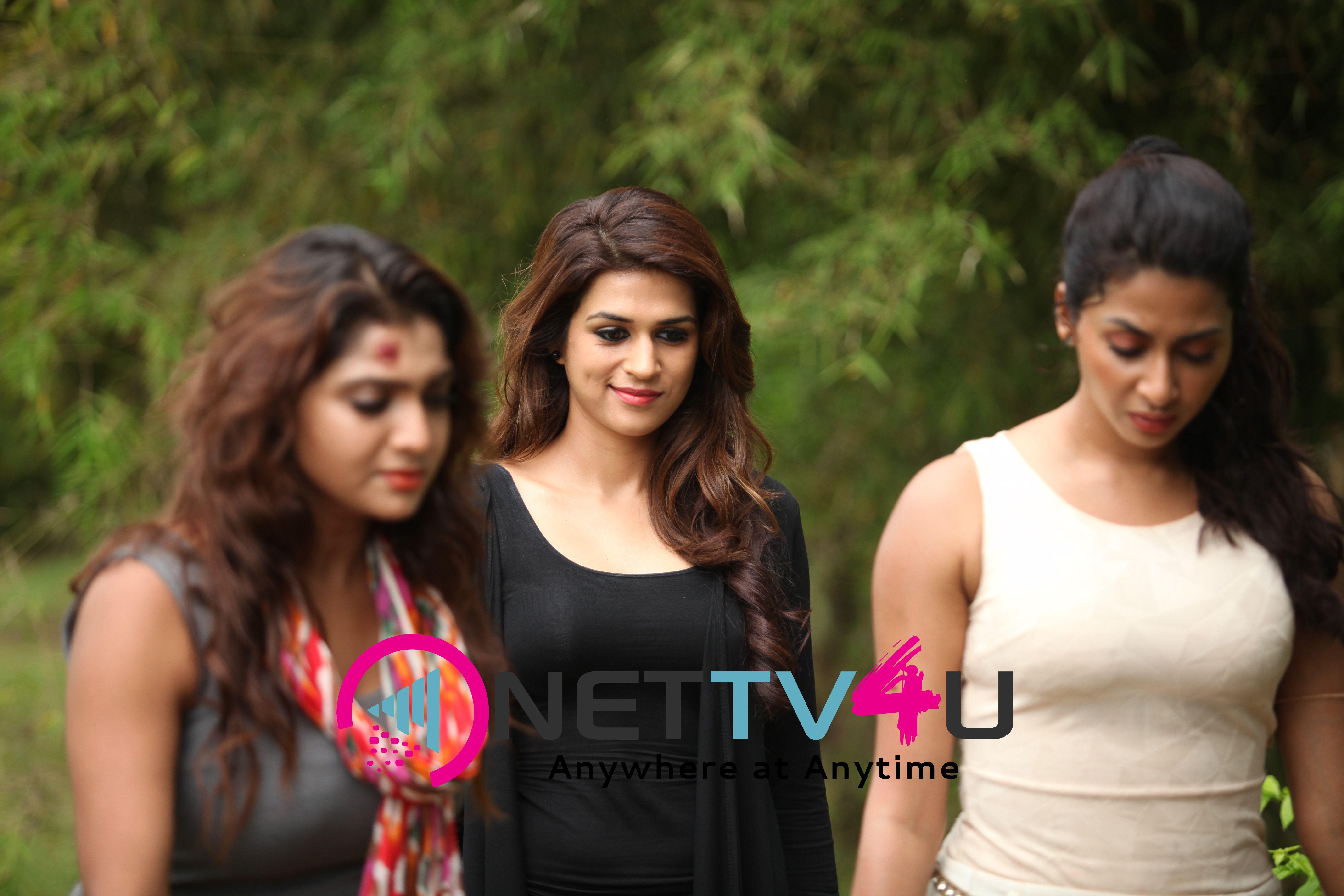 Ouija Kannada Movie Gayathri, Maduri, Shraddha Das, Bharath Stills