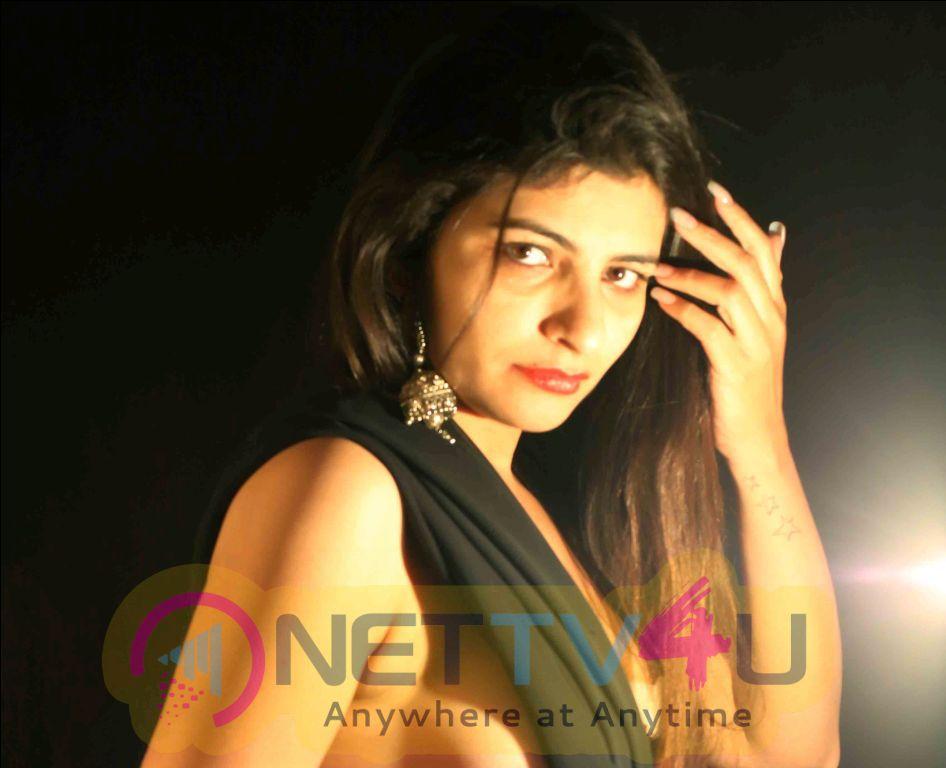 Photos Of Actress Raima Kapoor Shoots Topless For Director Maneesh Singh Bombay Dost