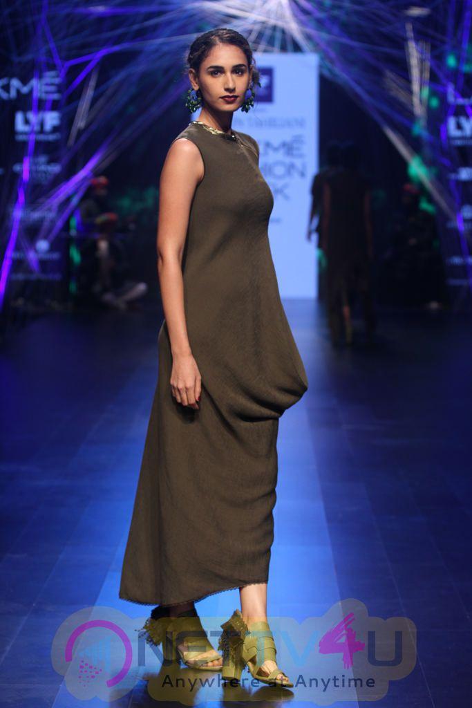 Photos Of Tarun Tahiliani At Lakme Fashion Week Winter Festive 2016
