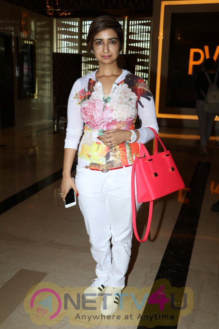 Pink Official Trailer Launch With Amitabh Bachchan Gorgeous Photos