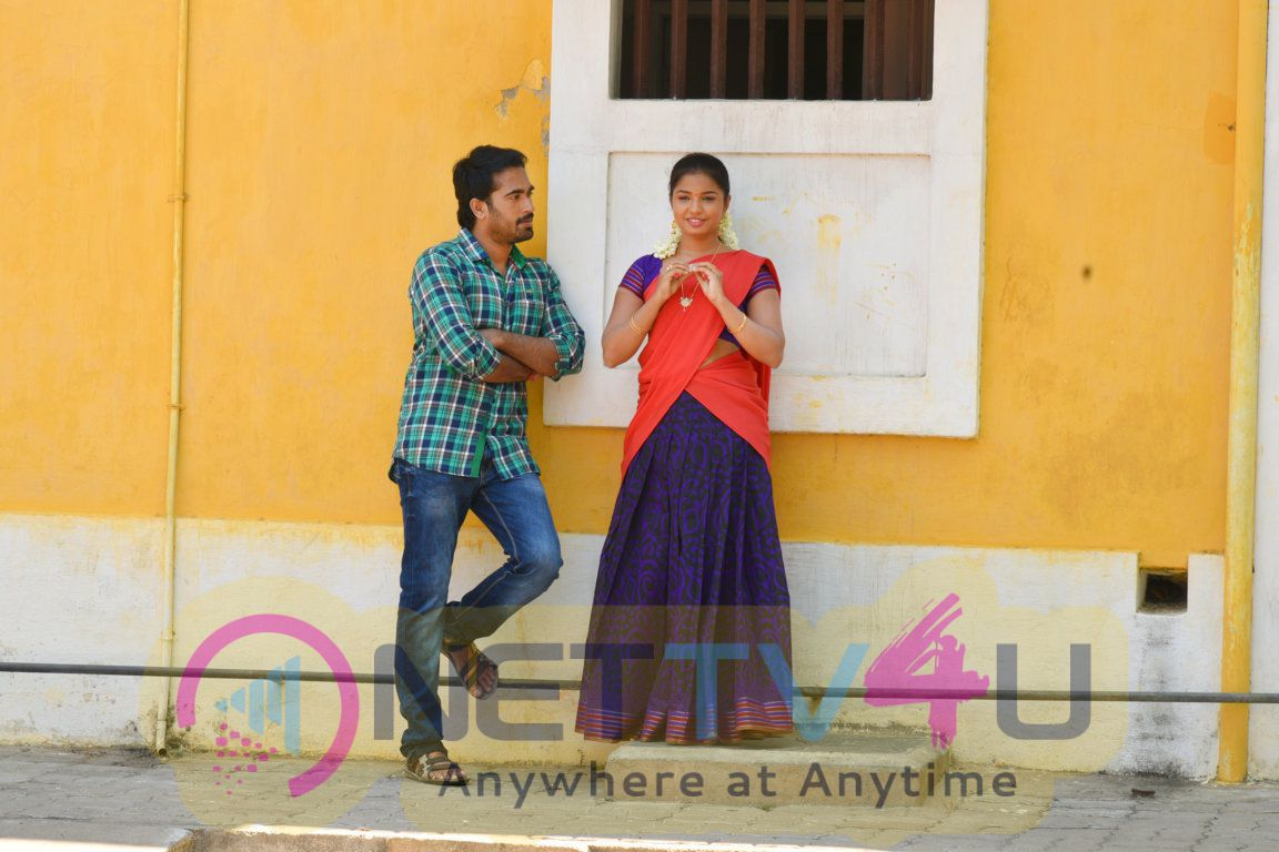 Puyala Kilambi Varom Tamil Movie Latest Images