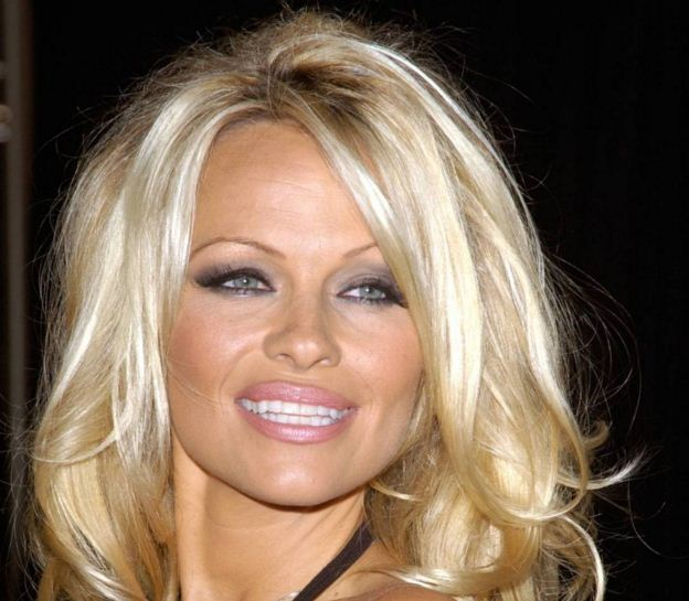 Pamela Anderson's Coconut Oil Secret!
