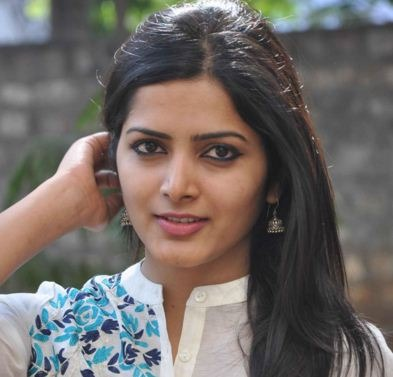 Pavani In A Romantic Comedy Entertainer!