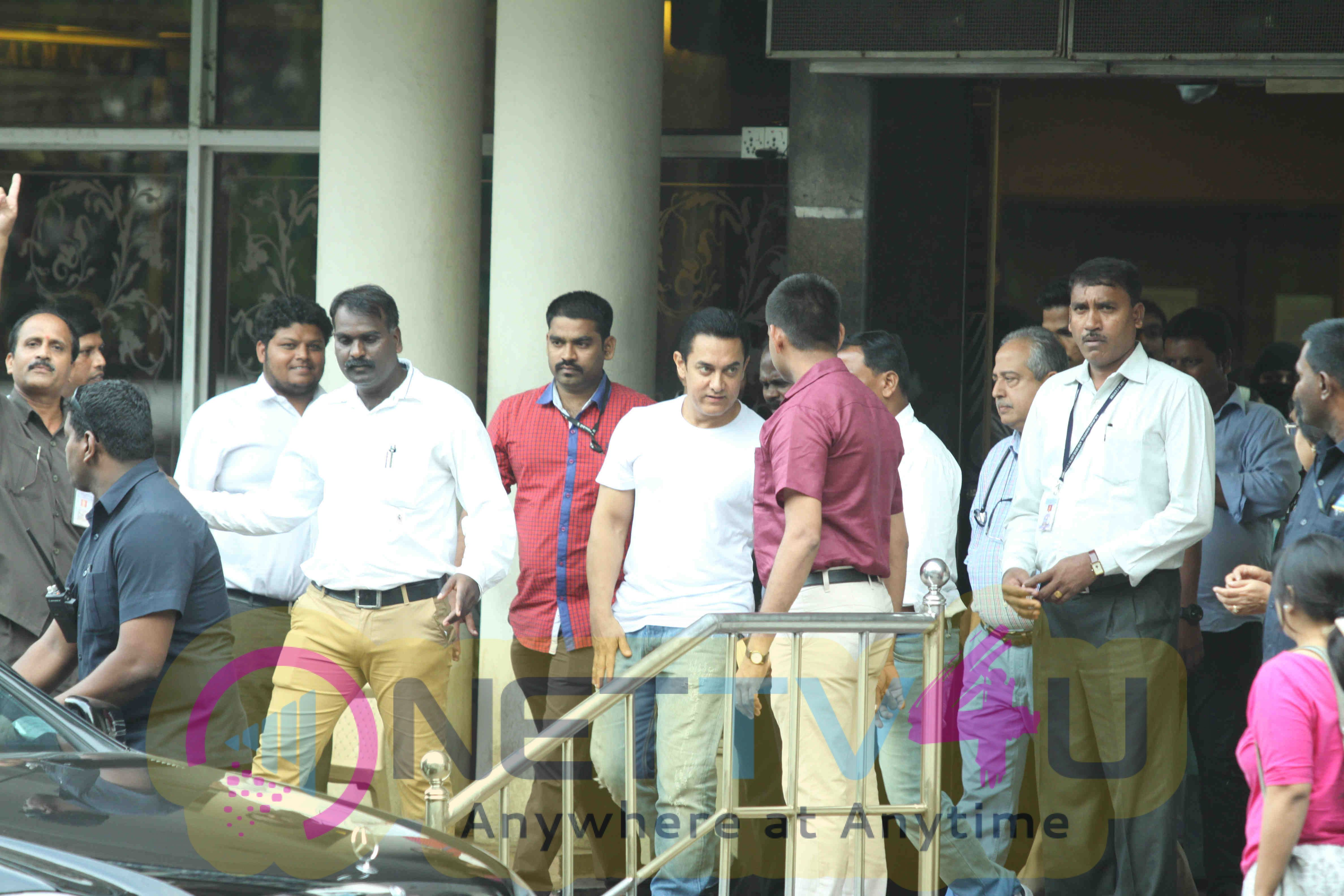 Photos Of Actor Aamir Khan Visited Dilip Kumar At The Lilavati Hospital Yesterday Evening