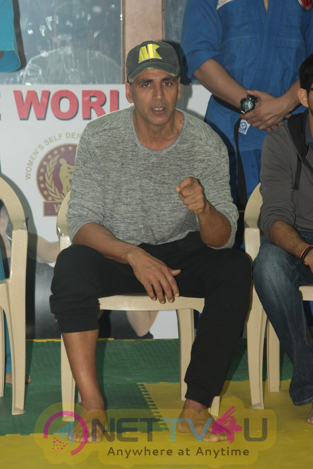 Photos Of Akshay Kumar At Graduation Day Of Women's Self Defence Centre