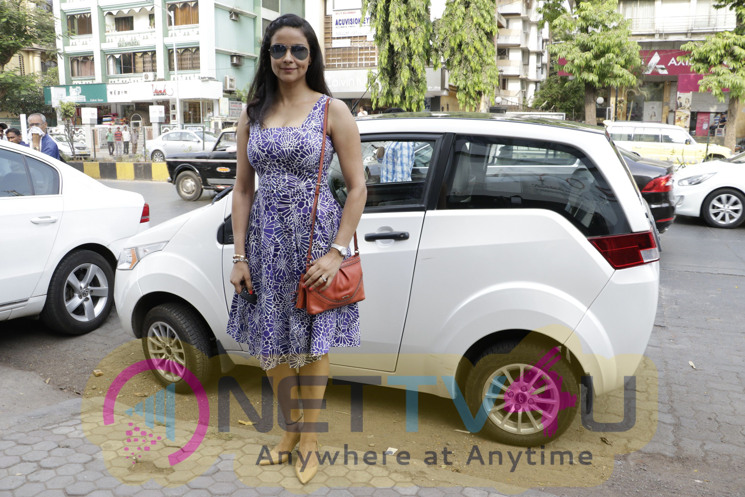 Photos Of Zoya And Dafni Present Women On The Go Trends Today