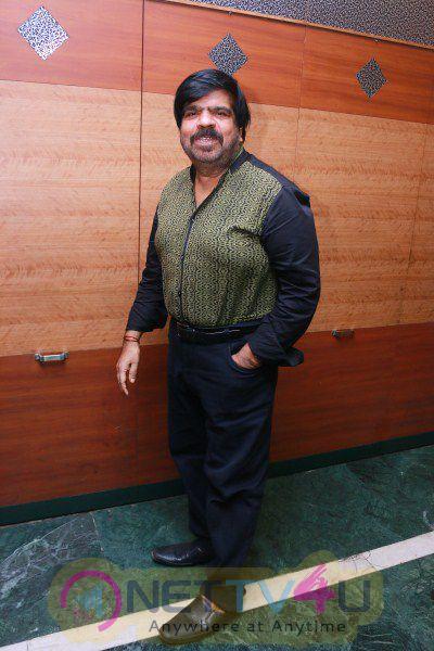Pokkiri Raja Tamil Movie Press Meet Pictures