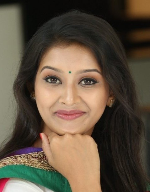 Pooja Jhaveri All Set To Enter Kollywood