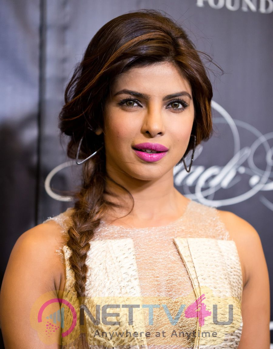 Priyanka Chopra Launches Her Hindi Version Of The Jungle Book As Kaa Hindi Gallery