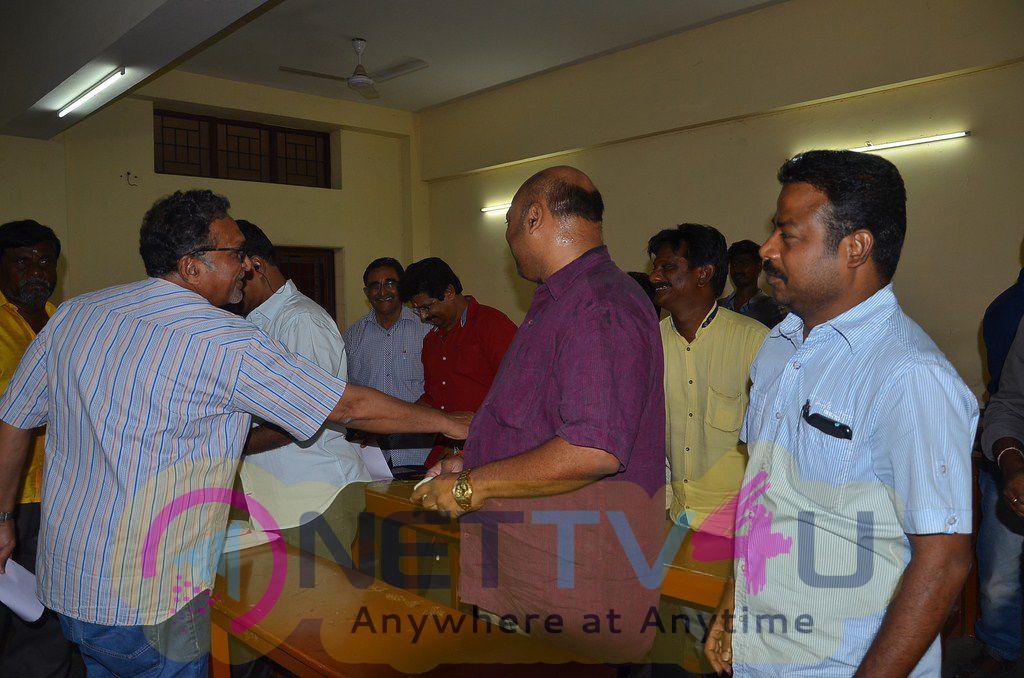 PRO Union Met Nadigar Sangam Members Photos