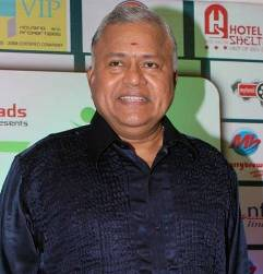 Radha Ravi Tamil Actor