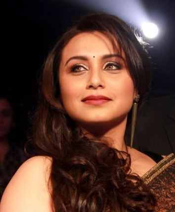 Rani Mukerji Keeps Adira Out Of The Spotlight!