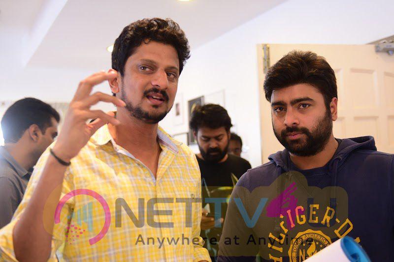 Raja Cheyyi Vesthe Telugu Movie Working Stills