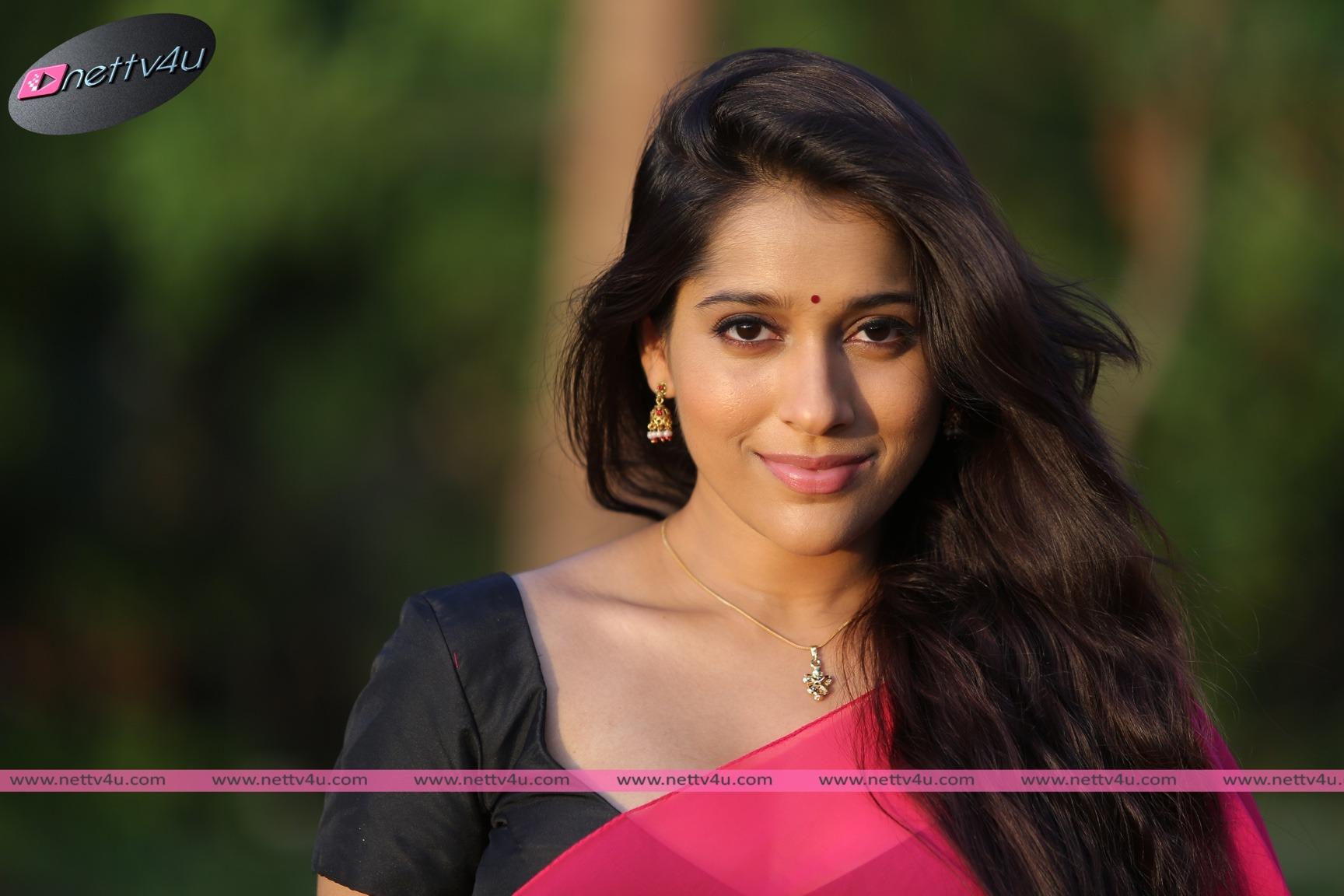 Telugu Actress Rashmi Gautham Hot Photos