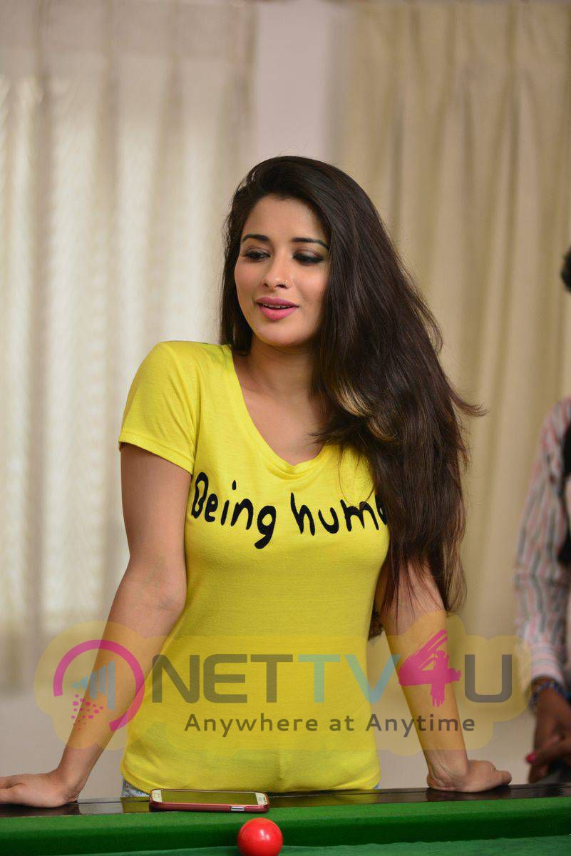 Recent Photos Of Actress Madhurima From Close Friends Movie