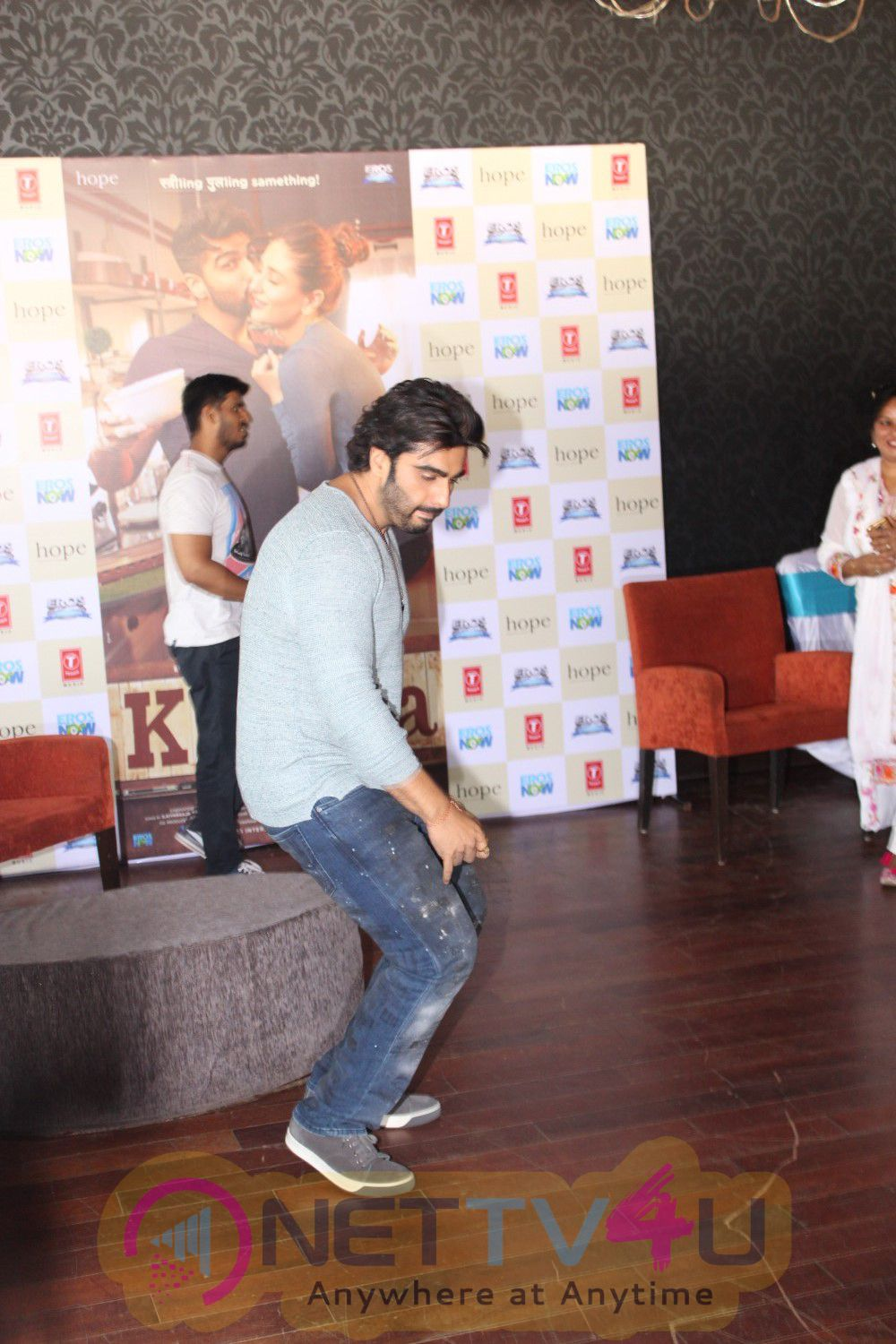 R Balki And Arjun Kapoor At The Success Meet Of Ki & Ka Stills