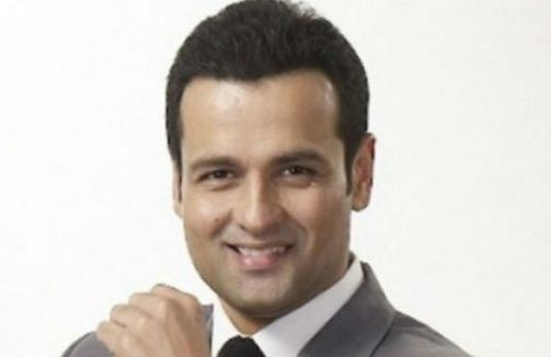 Rohit Roy To Become A Full Fledged Director!