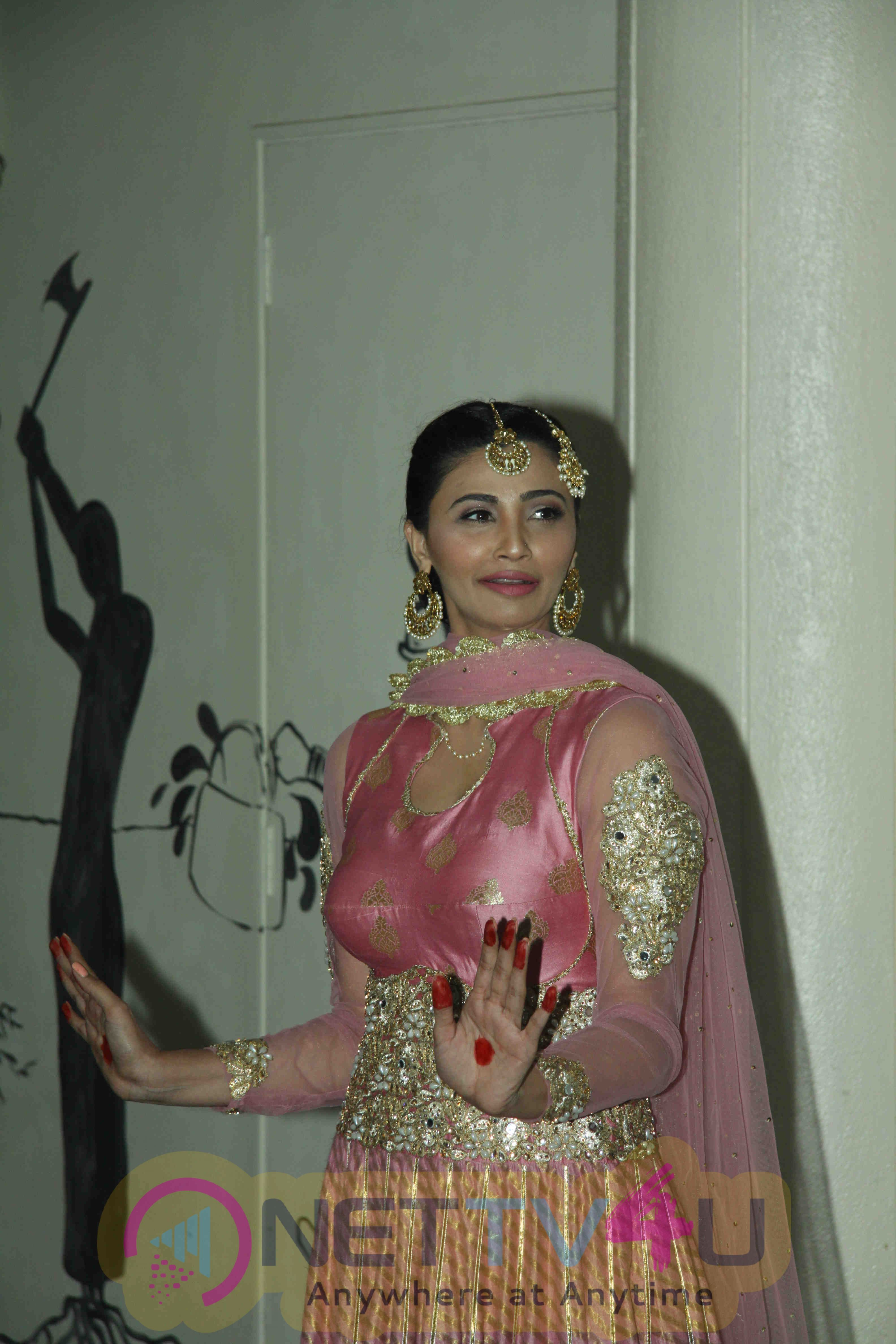 Salman Khan Attend Actor Daisy Shah Debut Play Begum Jaan  Outstanding Photos Hindi Gallery