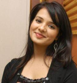 Saloni Aswani Telugu Actress