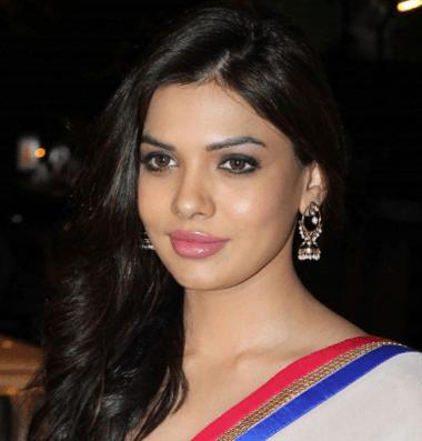 Sara Loren Hindi Actress