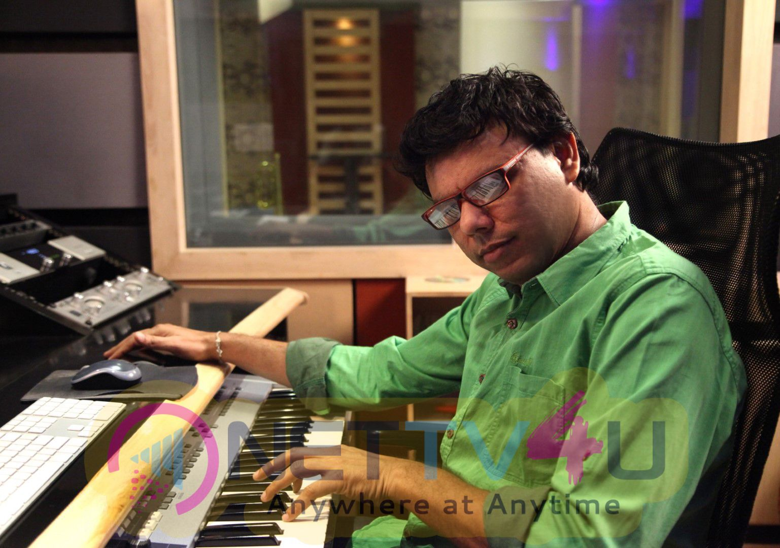 Sathya Anywhere Anytime Composer Exclusive Photos Tamil Gallery