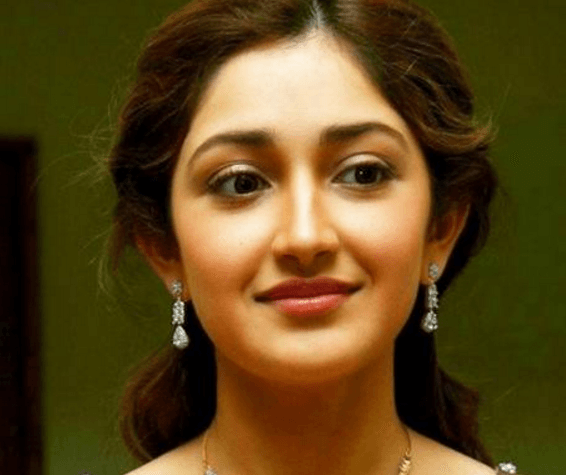 Sayesha Saigal's Love For Dancing
