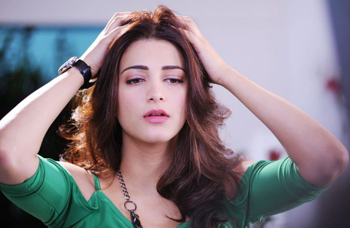 Shruti Haasan Doesn't Bother Rumours!